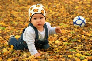 personalised jigsaw puzzle idea baby in leaves